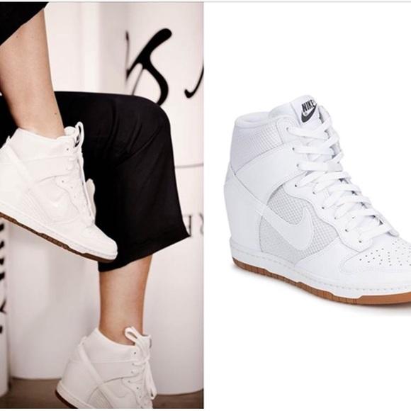 finest selection 05274 88101 NIKE Sky Hi Dunk Wedge Sneakers Mesh White 8.5. M 5ab46ea33800c515afaeebf9